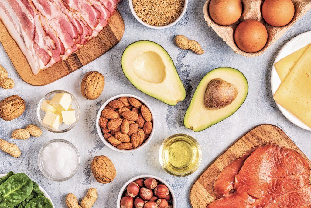 Was ist LCHF - Bild diverser fettreicher Lebensmittel